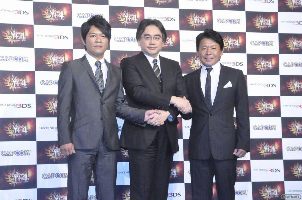 1308-28 Iwata en evento Monster Hunter 4 02