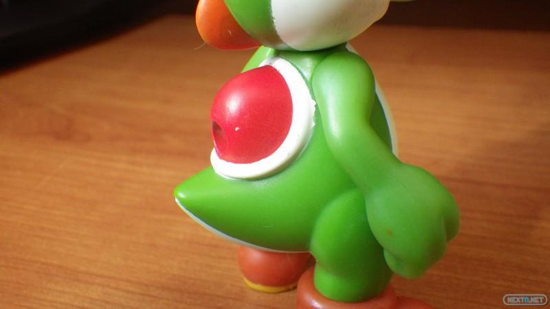 1311-03 Yoshi McDonalds Spuper Mario 06
